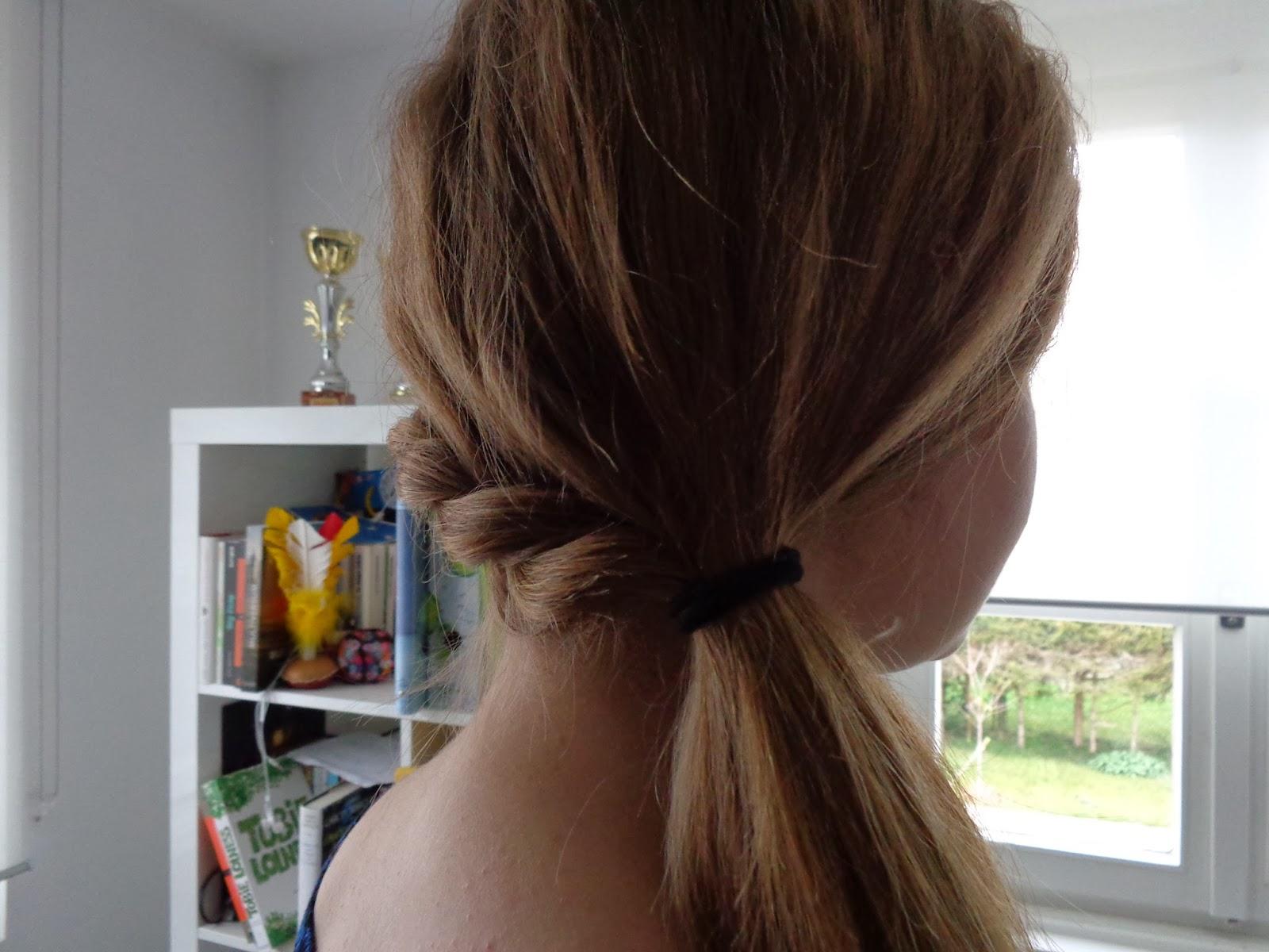 Little lordies tutoriel coiffure 2 queue de cheval avec tresse - Tresse queue de cheval ...