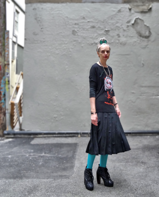Bag and a Beret, DIY pendant, vintage silk skirt