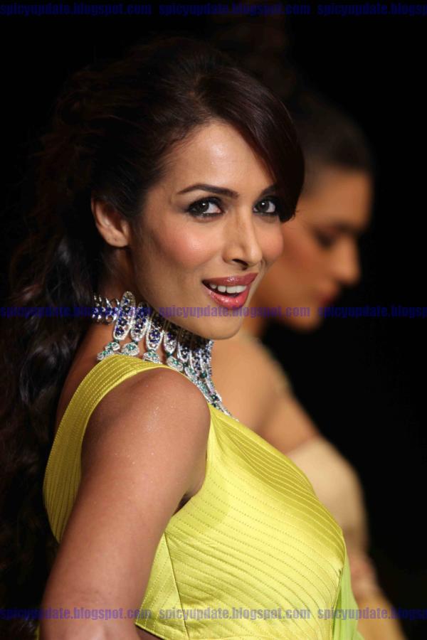 SPICY UPDATE: Malaika Arora Khan Latest Spicy Hot Stills ...