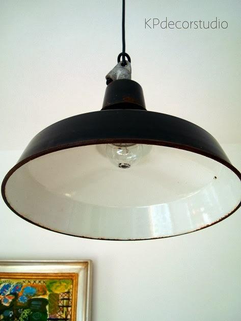 Tienda de lámparas de techo industriales, originales, vintage de metal esmaltado, esmaltadas, negras