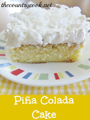 Pia Colada Poke Cake