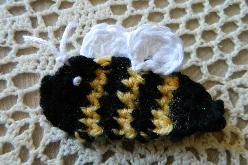 Crochet D Lane Free Bumble Bee Appliqu Pattern