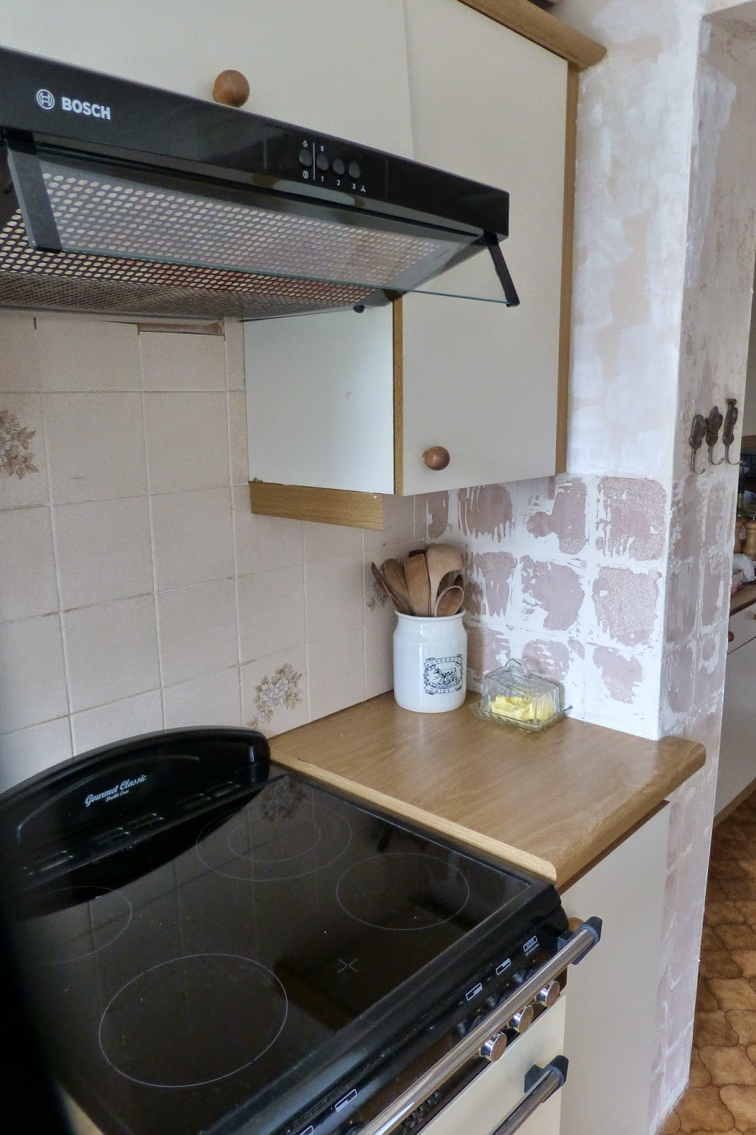 Paint and style the kitchen not the best start for Paint charts for kitchens
