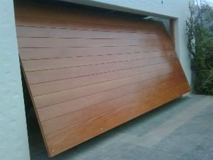 Fabricacion de muebles ebanisteria fina julio 2012 for Puertas de madera para garage