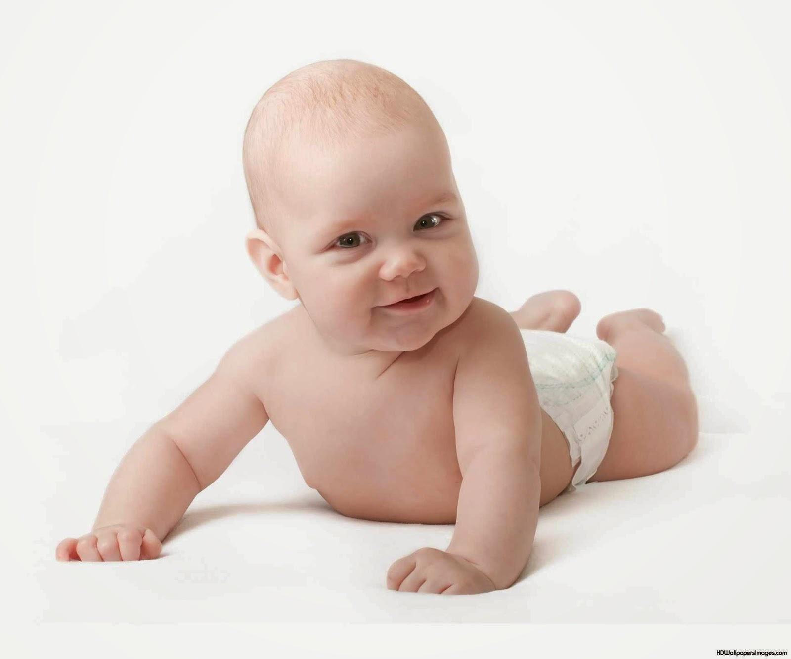 Почему ребёнок в 3 месяца плохо держит голову