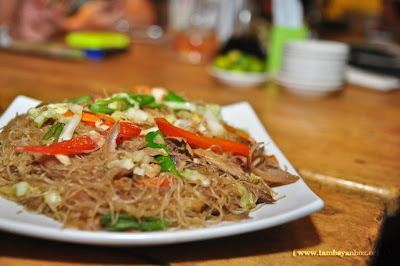 Pancit Bihon at Balamban Limepo (Available at Mabolo Branch for now).