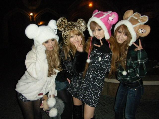 tendances mode fashion gyaru japon hiver 2011 gals