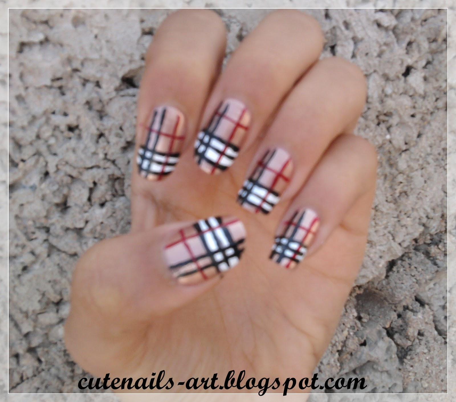 Prettyfulz Fall Nail Art Design 2011: Cutenails-art: Burberry/fall Colors Nails