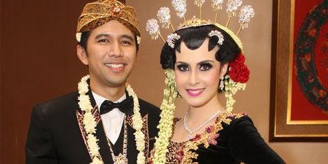 5 Artis Cantik Indonesia Yang Berani Nikah Muda