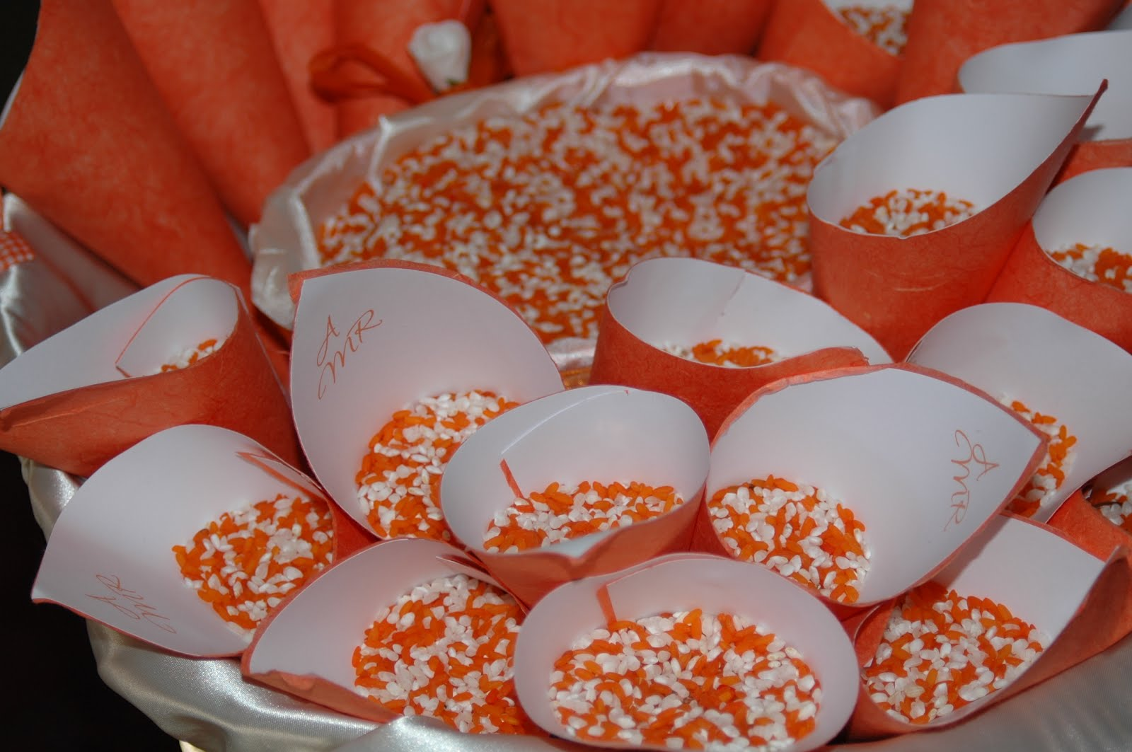 Decorazioni Matrimonio Arancione : Ombrelli per il matrimonio idee per nozze da favola