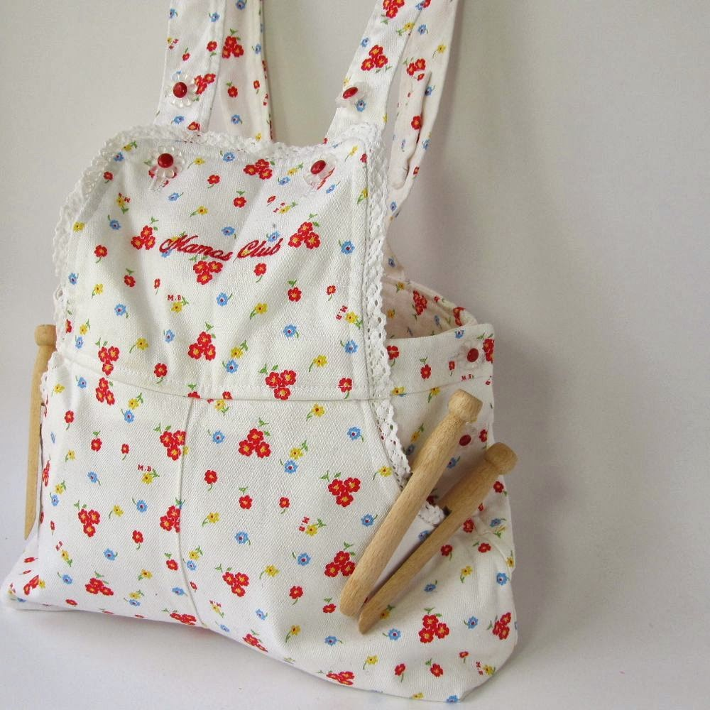 Peg Bag With Shoulder Strap 100