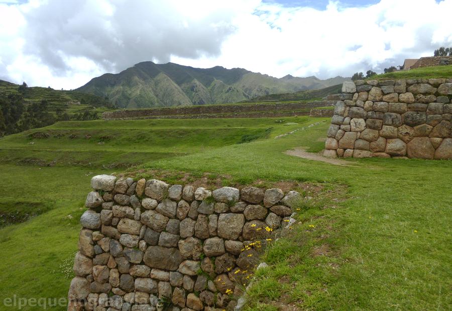 Complejo Arqueológico de Chincheros
