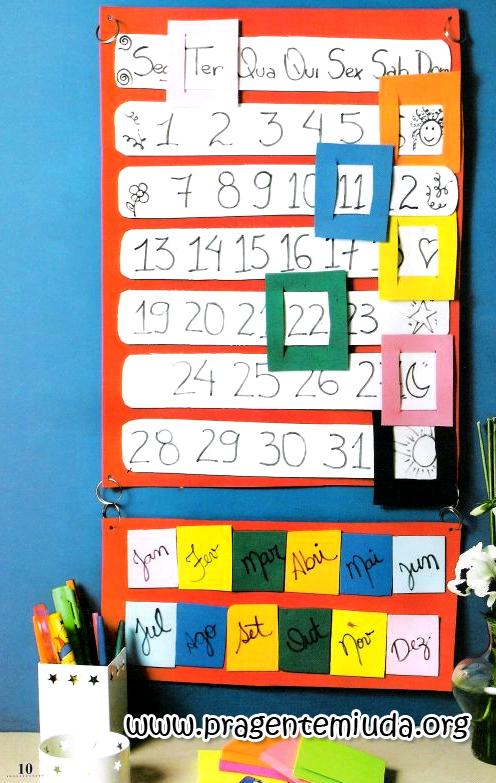 calendário permanente feito em EVA e papel