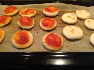 Mini pizza – gustare pentru pitici