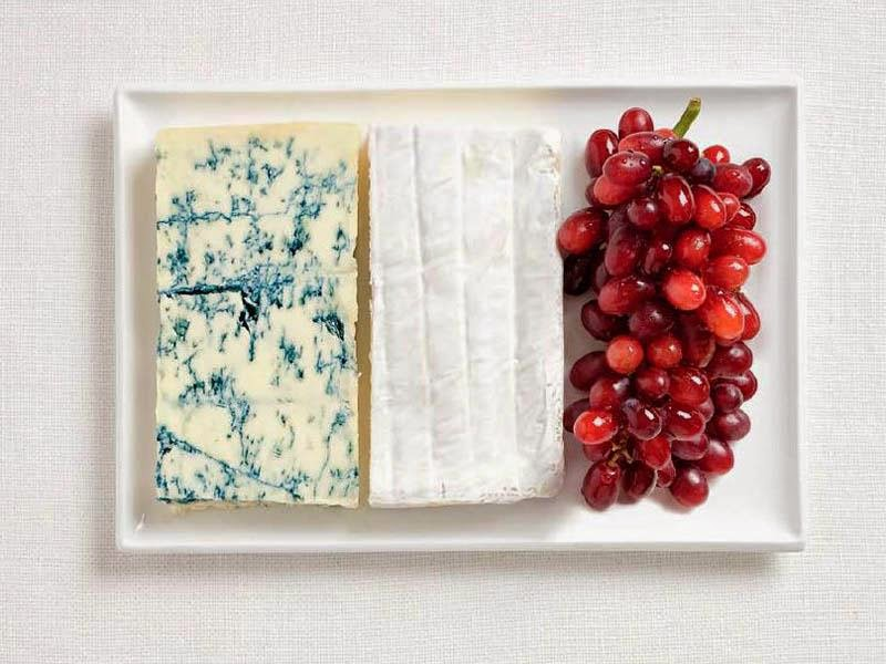 France - Blue cheese, brie, grapes