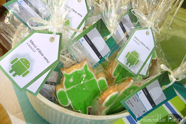 sablé décoré android cadeau / decorated  android cookie