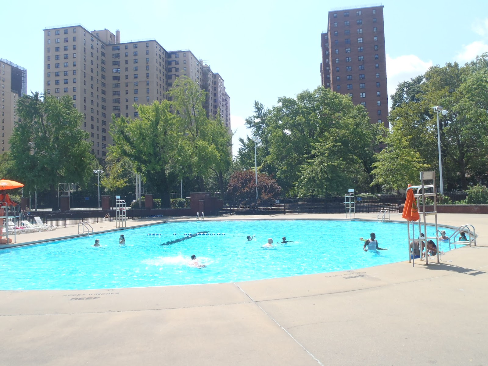 Australian Abroad Public Pools In Manhattan