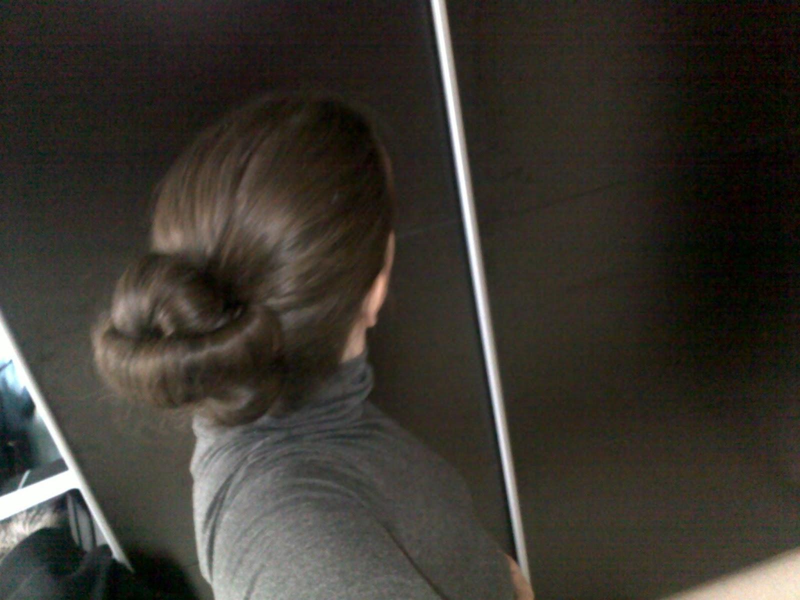 tuto coiffure chignon sens interdit avec deux hairagami coiffure cheveux long extension cheveux. Black Bedroom Furniture Sets. Home Design Ideas
