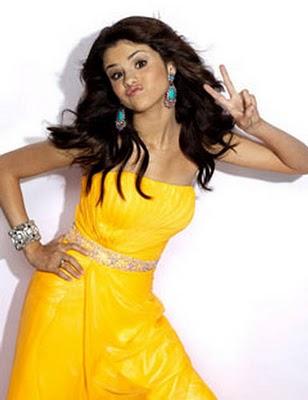 Selena Gomez Backgrounds on Selena Gomez Wallpapers 2010 Selena Gomez Wallpapers 2010 Selena Gomez