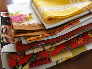 http://alittlebitcountrynz.blogspot.com/2013/09/op-shop-showofflinen-stash.html
