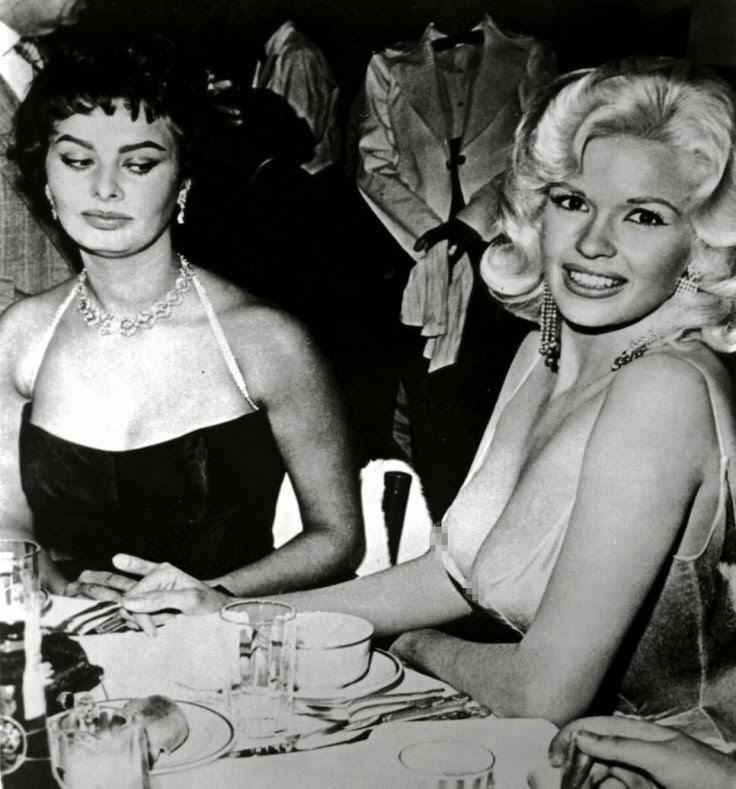 Sophia Loren y su foto con Jayne Mansfield