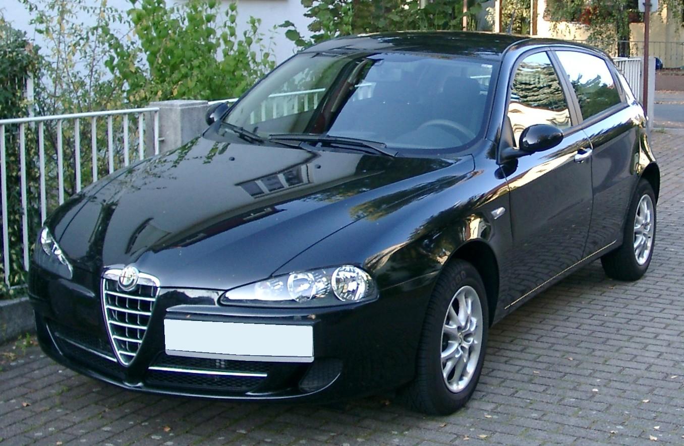 http://4.bp.blogspot.com/-Tl7WZwDxMr8/TaaWZht6DtI/AAAAAAAAJeU/mFpM8Sd2ZAY/s1600/Alfa_Romeo_147_front_20071007.jpg