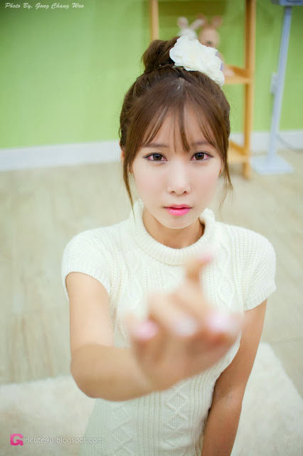 3 Cheon Bo Young in white - very cute asian girl-girlcute4u.blogspot.com