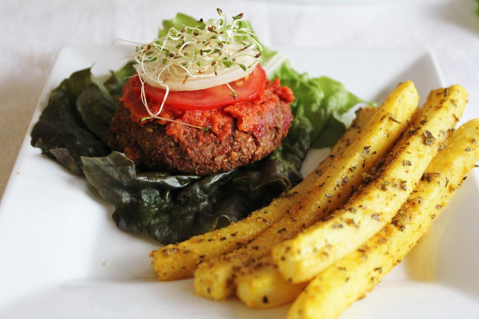 This rawsome vegan life raw yam burgers daikon fries with ketchup forumfinder Images
