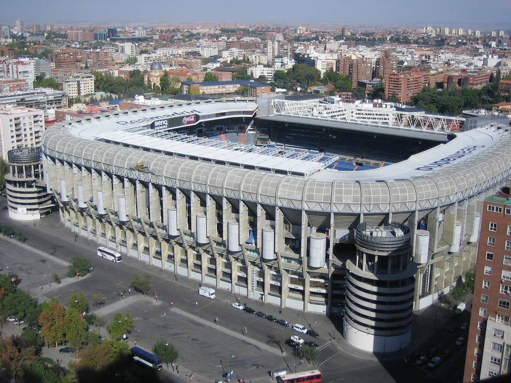 Estadio Santiago Bernabeu  Spain S Largest Stadium