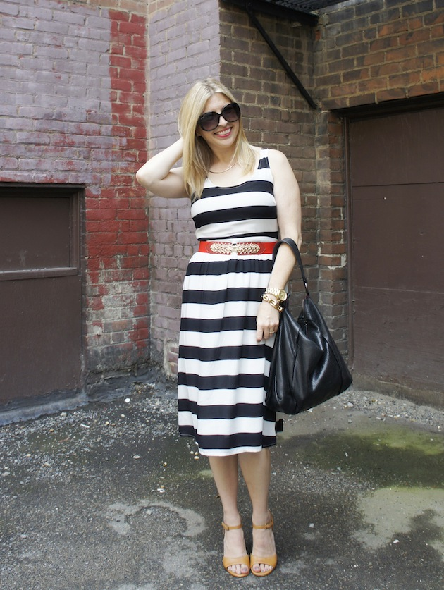 Old Navy stripe dress, Ecco owen sandals, black and white stripe dress