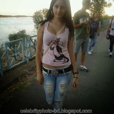 Deshi+girl+real+indianVillage+And+college+girl+Photos038