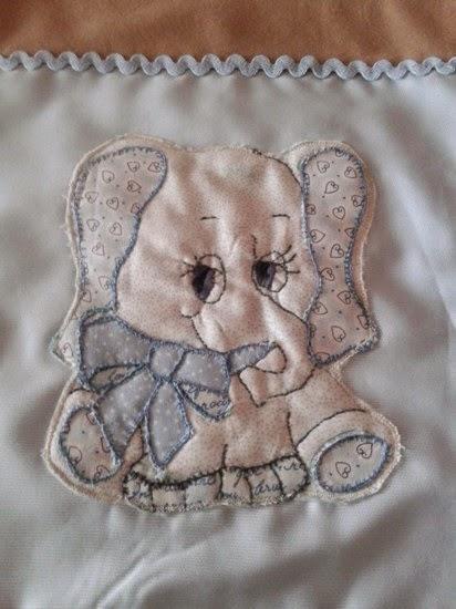 Borbado de pachwork a mano en manta infantil