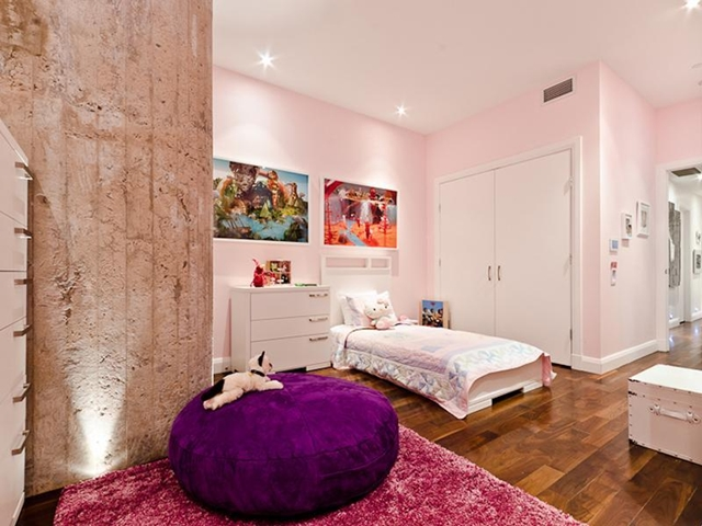 Picture of pink colored kid's room