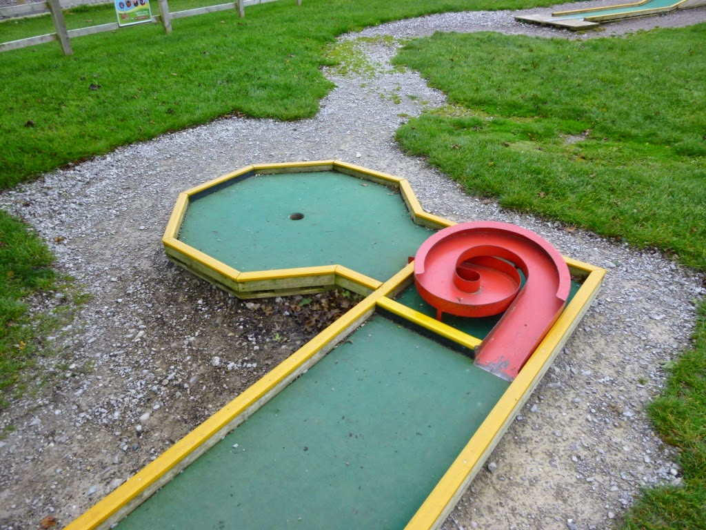 Minigolf at Mead Open Farm