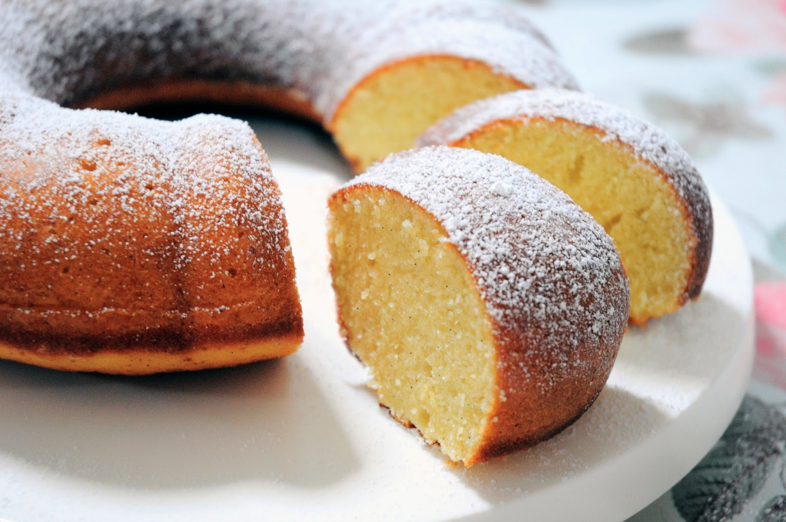 Vanilla Bean Bundt Cake Recipe | TasteSpotting