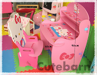 Hello Kitty desk for kids and children