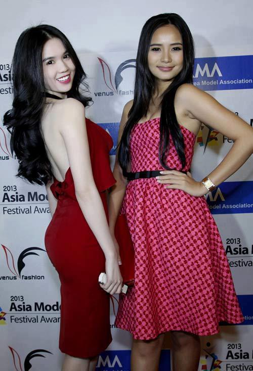 Người mẫu Ngọc Trinh và Thái Hà