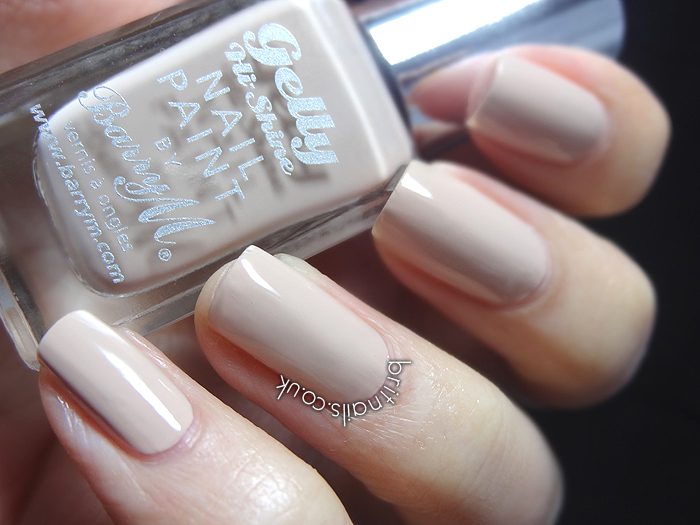 Review: Barry M Gelly Nail Varnish in Lychee ...