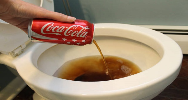 THIS IS HOW COCA COLA DESTROYS YOUR BODY IN 65 MINUTES!