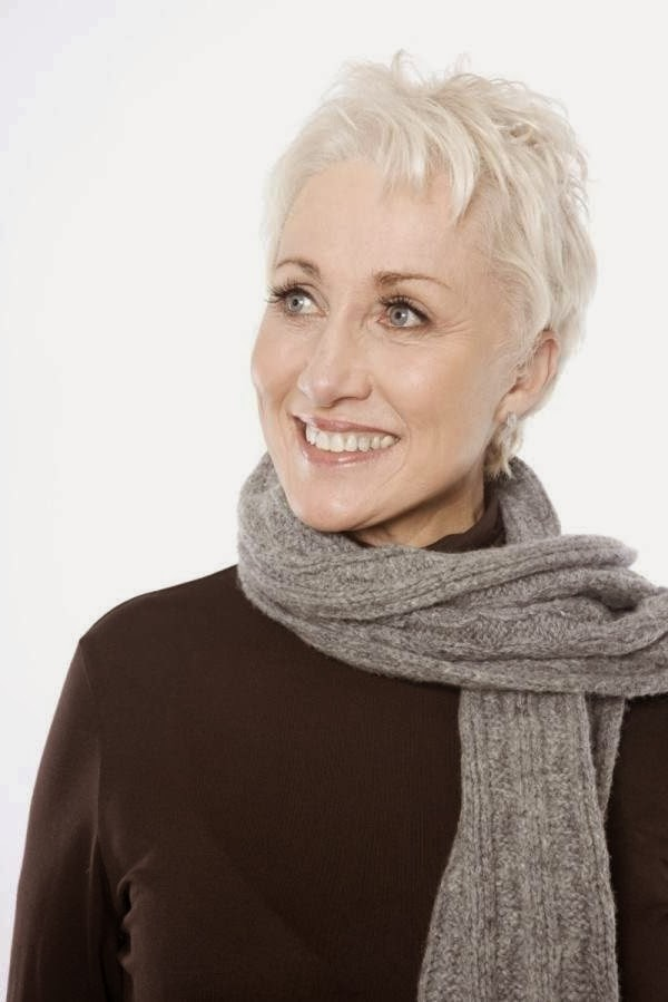 short hairstyles for thin hair for women over 60