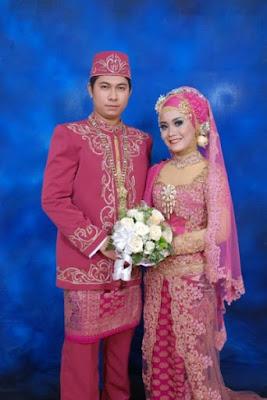 foto busana pengantin muslim modern