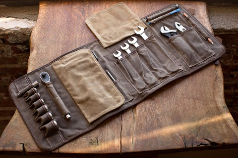 how to make a canvas tool roll