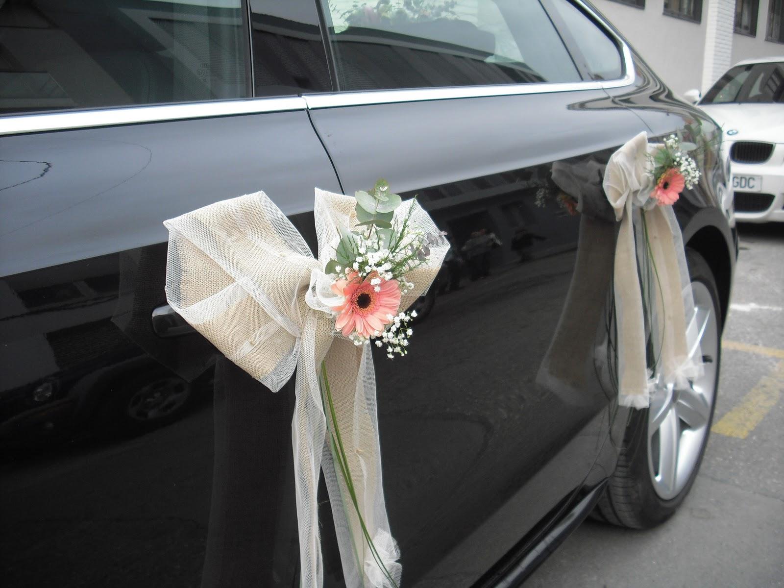 Las flores son bellas coche de novia decorado de estilo r stico - Decoracion coche novia ...