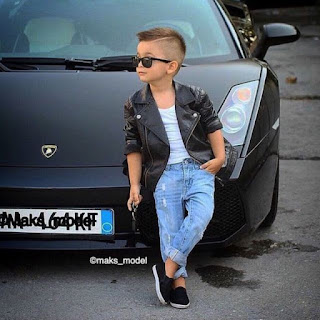 Kid Fashionistas - Style Up With Kim