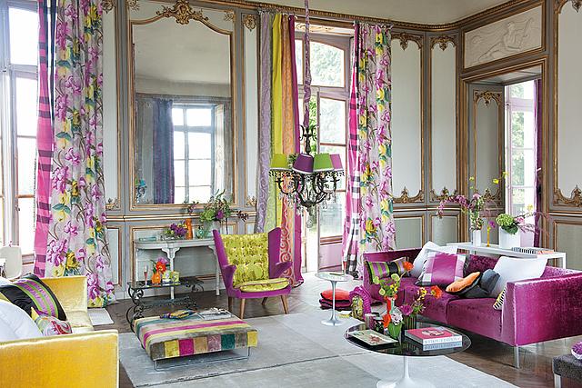 Trend homes floral living room design for Designers guild bedroom ideas