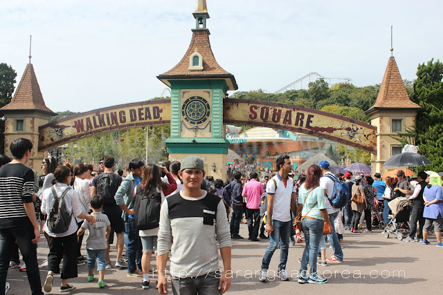 Walking Dead Square everland