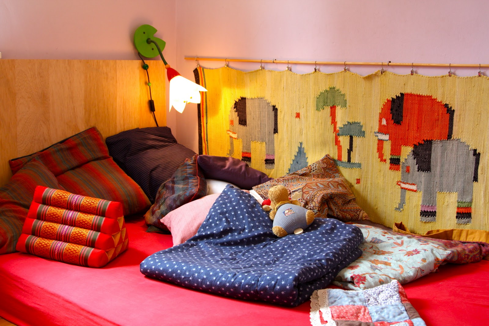 fuchs hase backsteinhaus kinderzimmer. Black Bedroom Furniture Sets. Home Design Ideas