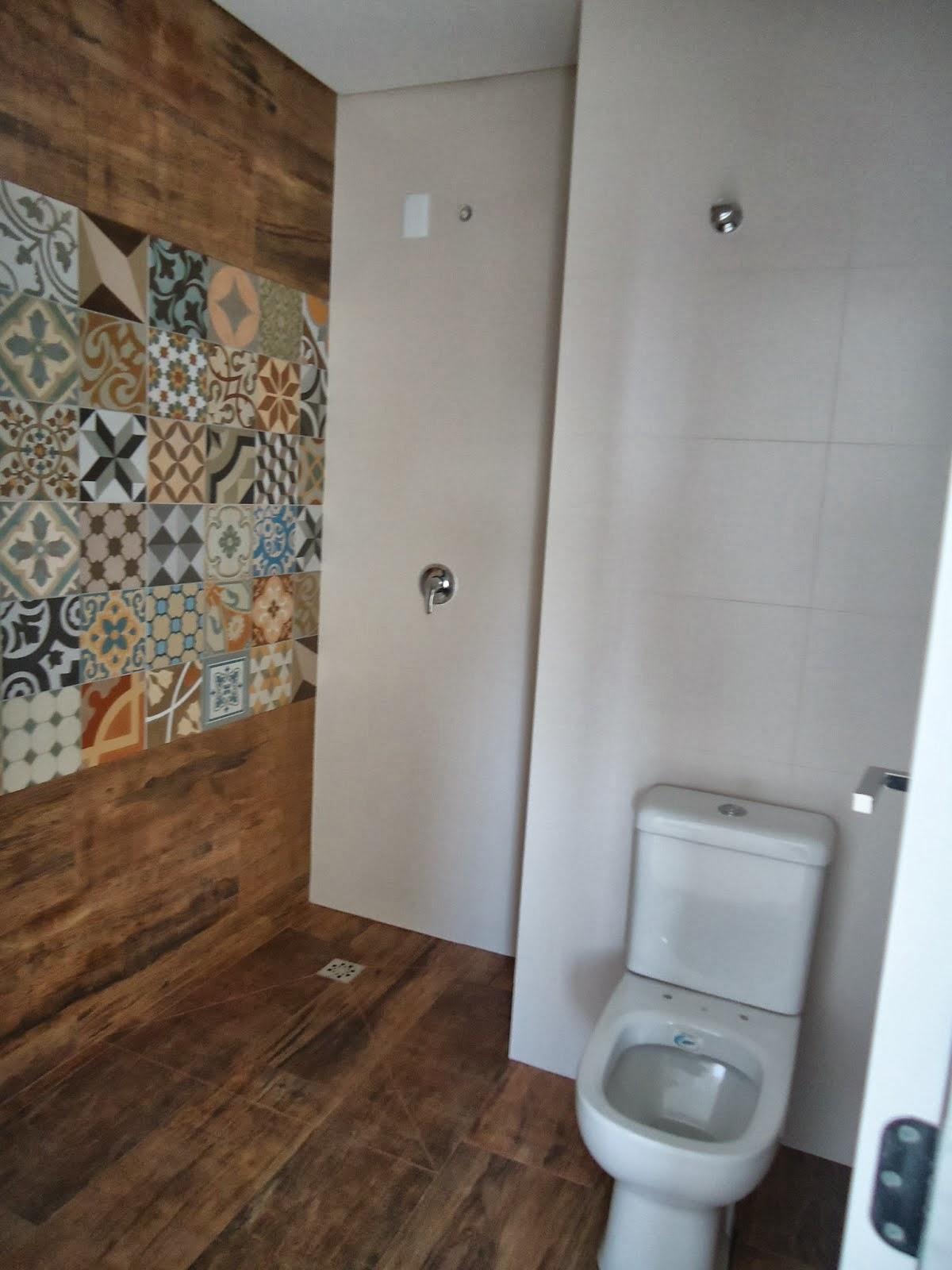 As escolhas foram essas como falei fiquei muito feliz em poder  #63452E 1200x1600 Banheiro Com Porcelanato Via Rosa