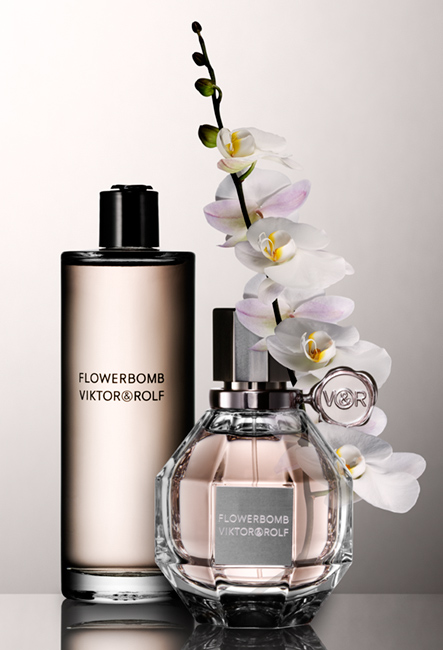 This blog really stinks a perfume blog perfume review and one last floral bomb that really bombs mightylinksfo