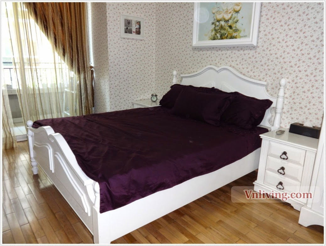 Condo 2 bedrooms for rent in Saigon Pearl